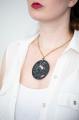 Zářící náhrdelník